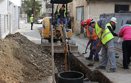 Sewer manhole work Swindon